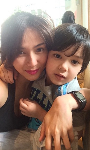the_mother-son_tandem_we_can_t_get_over__jennylyn_and_jazz_the_mother-son_tandem_we_can_t_get_over__jennylyn_and_jazz_1429771989.jpg