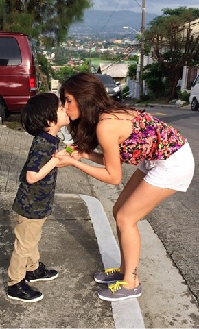 the_mother-son_tandem_we_can_t_get_over__jennylyn_and_jazz_the_mother-son_tandem_we_can_t_get_over__jennylyn_and_jazz_1429773659.jpg