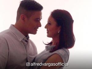 Encantadia's original Aquil, Alfred Vargas, proposes to wife Yasmine Espiritu