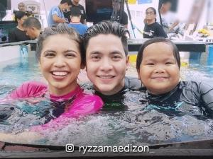 LOOK: Alden Richards, Maine Mendoza, Ryzza Mae Dizon, and Baste accept 'Scuba Dive-oke' challenge