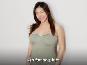 LOOK: Preggy but sexy Rufa Mae Quinto in a one-piece swimsuit