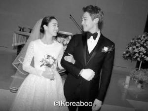 'Full House' actor Rain and 'Yongpal' actress Kim Tae Hee are now officially married