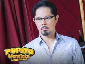 LOOK: Christopher de Leon spotted sa taping ng 'Pepito Manaloto'