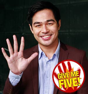 GIVE ME FIVE featuring Benjamin Alves