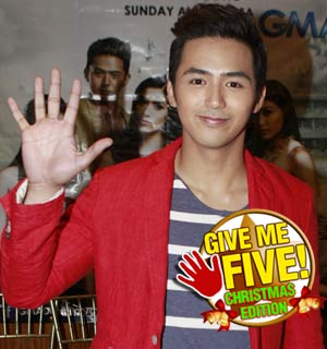 GIVE ME FIVE featuring Enzo Pineda (Christmas edition)