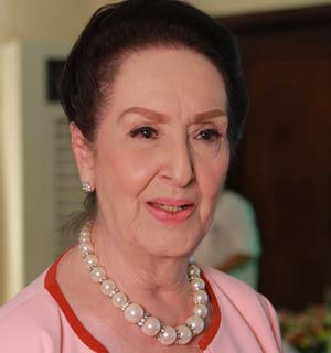Gloria Romero reveals working relationship with the cast of 'Akin Pa Rin Ang Bukas' - gloria_romero_reveals_working_relationship_with_the_cast_of___akin_pa_rin_ang_bukas__1381401329