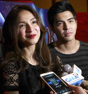 Jennylyn Mercado at Mark Herras, hindi aatrasan ang daring scenes ng 'Rhodora X'