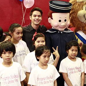 Kristoffer Martin celebrates his 19th birthday with kids from Holy Trinity Home for Children