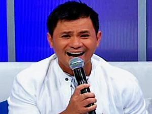 Ogie Alcasid appears on GMA for the first time in three years via 'Walang Tulugan'