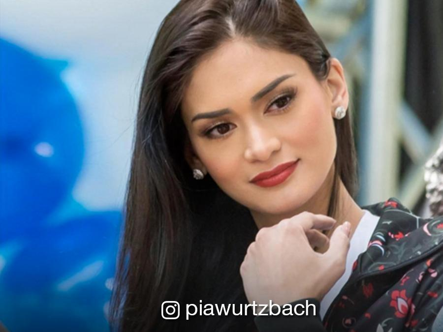 Pia Wurtzbach lands in Ecuador