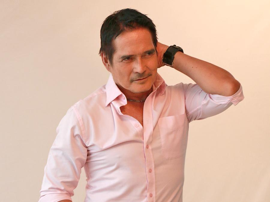 Roi Vinzon plays a character in A1 Ko Sa'yo 'opposite' of My Husband's Lover role