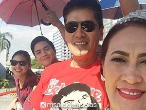 Kapuso stars at the 2015 MMFF Parade of Stars