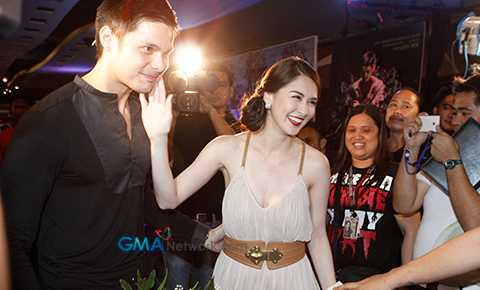 at_the_red_carpet_premiere_of__tiktik__the_aswang_chronicles__at_the_red_carpet_premiere_of__tiktik__the_aswang_chronicles__1350387327.jpg