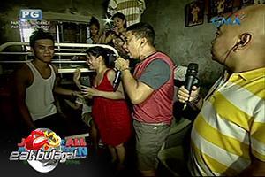 Eat Bulaga: Bahay ng Sugod Bahay winner, dinumog ng mga kapitbahay