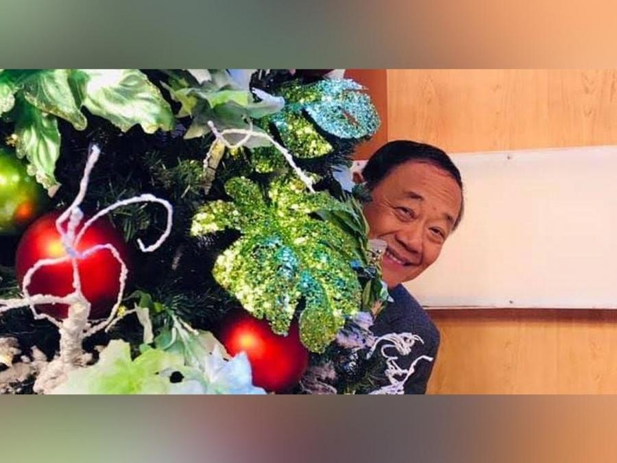 Jose Mari Chan gives pandemic-related twist to hit song 'Christmas In Our Hearts'