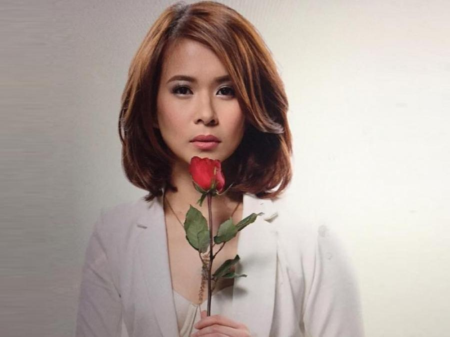 LJ Reyes receives Valentine's Day flowers from a woman | GMA Entertainment