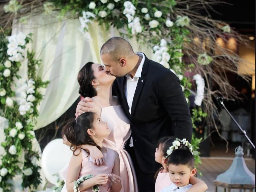 Watch Chesca And Doug Kramer Renew Vows On Their 10th Wedding