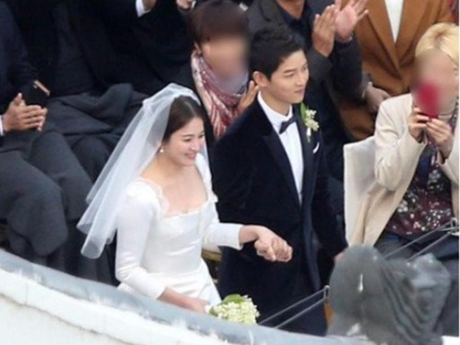 Descendants Of The Sun Stars Song Joong Ki And Hye Kyo Just Got Married