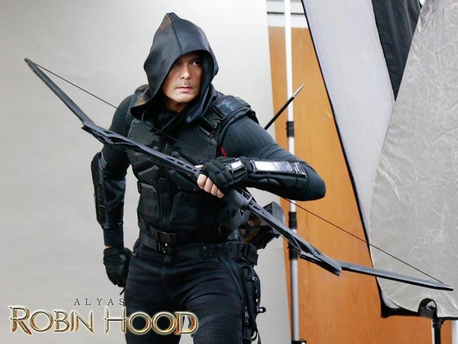 LOOK: Dingdong Dantes' new look as Alyas Robin Hood ...