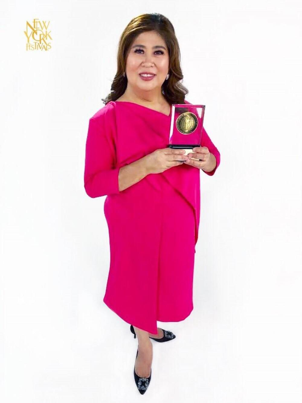 "Kapuso Mo, Jessica Soho (KMJS), hosted by GMA News Pillar Jessica Soho, won the Bronze World Medal in the Community Portraits category for its ""Salay"" feature."