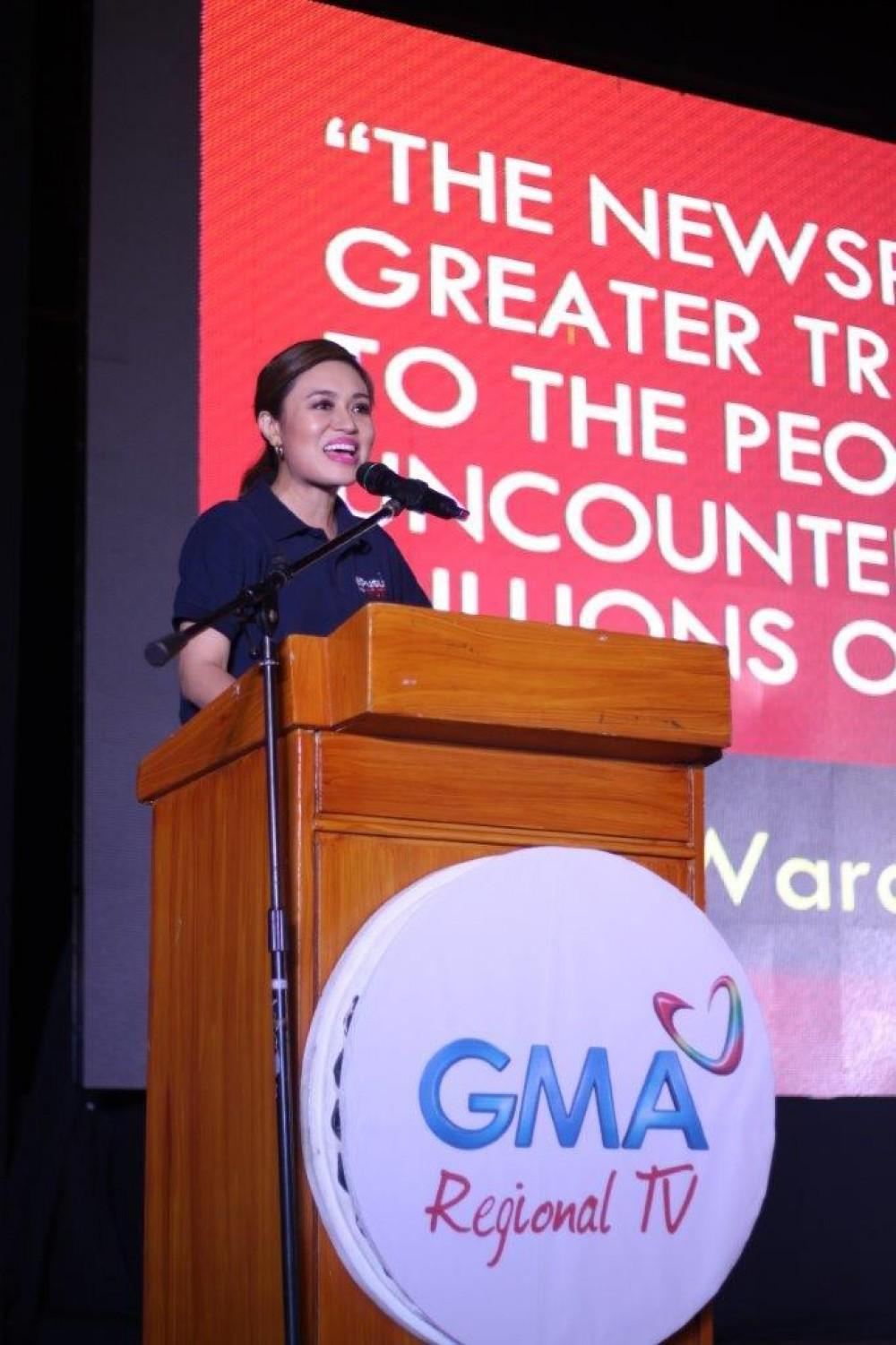 Mariz Umali talks about her experiences as a reporter and shared important pointers on covering news at the Kapuso Campus Tour: The Regional Masterclass Series at Central Mindanao University in Bukidnon.