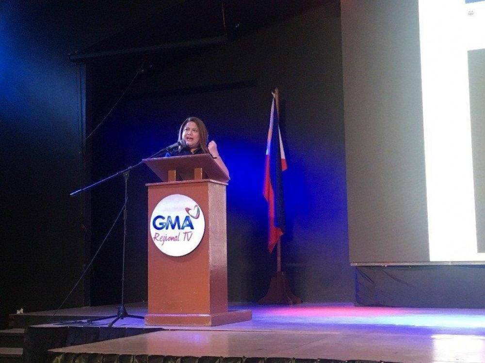 Sandra Aguinaldo shares valuable insights on news coverage and producing documentaries at the Kapuso Campus Tour: The Regional Masterclass Series at Holy Cross of Davao College in Davao City.