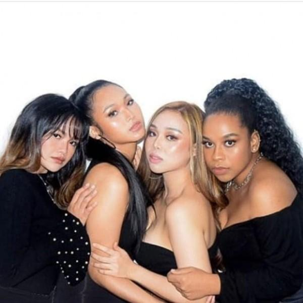 XOXO Girls