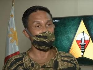 Soldiers donate to GMA Kapuso Foundation